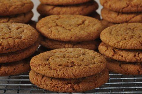 Molasses Cookies Recipe Demonstration – Joyofbaking.com