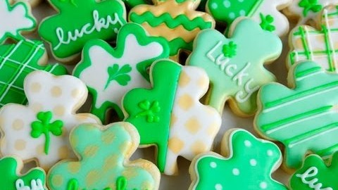 How To Decorate Lucky Shamrock Cookies For Saint Patrick's Day
